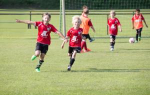 Fußballfabrik - Jubel oT