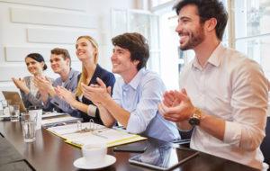 CiT-Leadership-Akademie - Start-Up Team klatscht Beifall